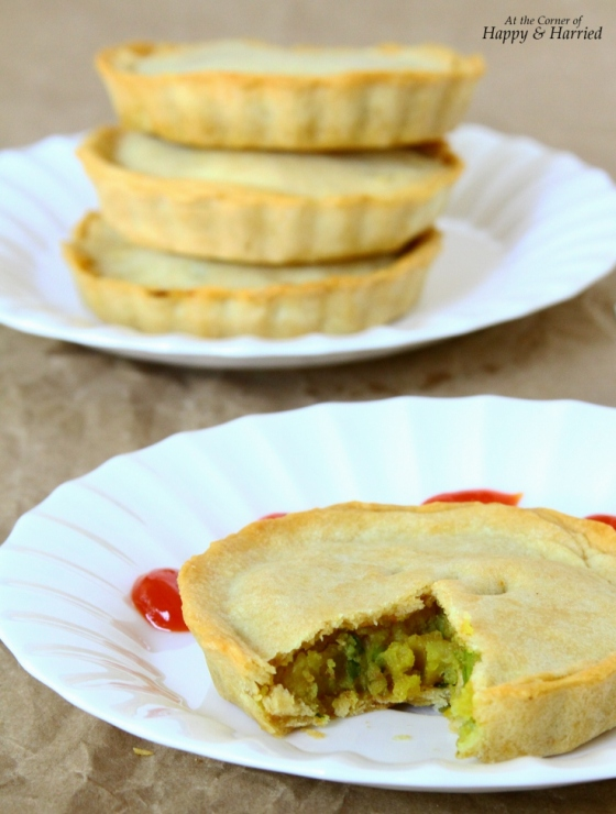 Baked Mini Samosa Pies With Potatoes-Peas Filling