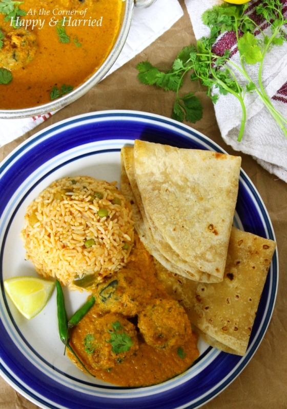 Chicken Kofta (Indian Style Meatballs) Curry with Pulao & Rotis