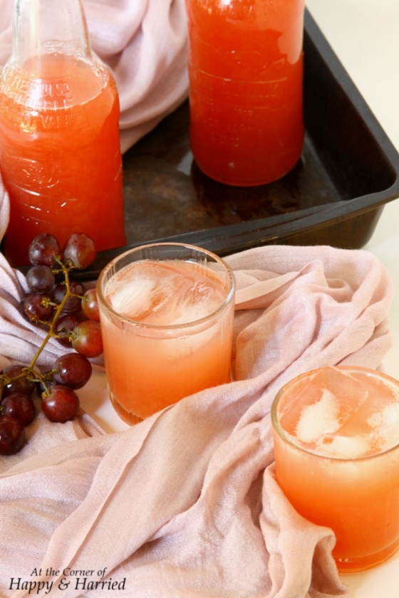 angoor ka sharbat {red grapes juice}