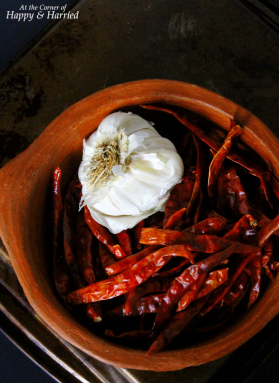 Dried Red Chilies & Garlic For Homemade Sauce
