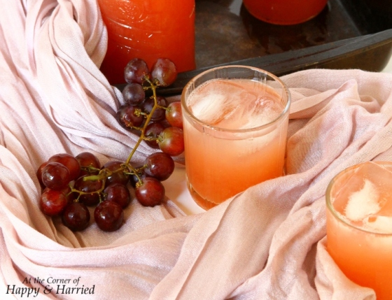 Red Grape Juice (Lal Angoor Ka Sharbat)