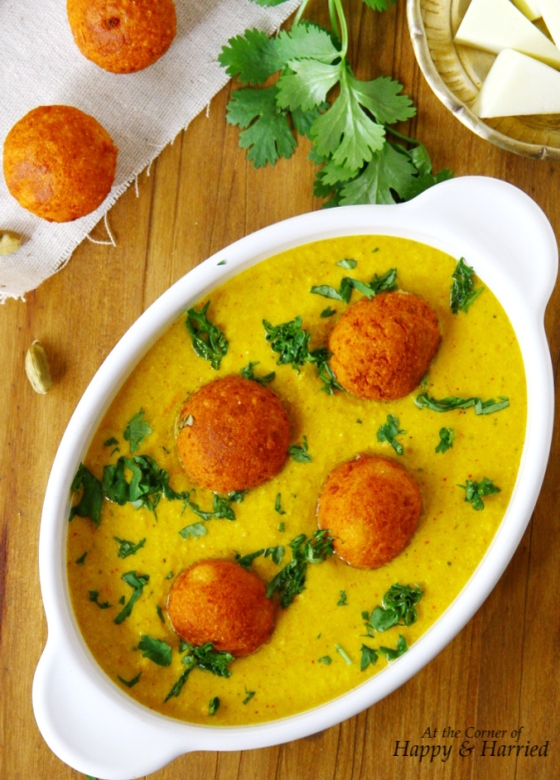 Cottage Cheese Dumplings Curry