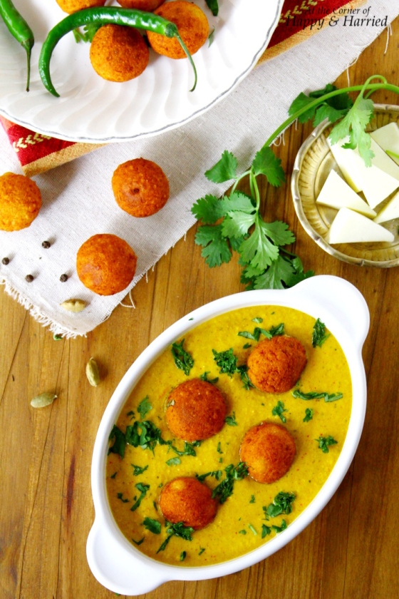 Paneer Kofta Korma {Indian heese Balls In A Fragrant Yogurt Curry}