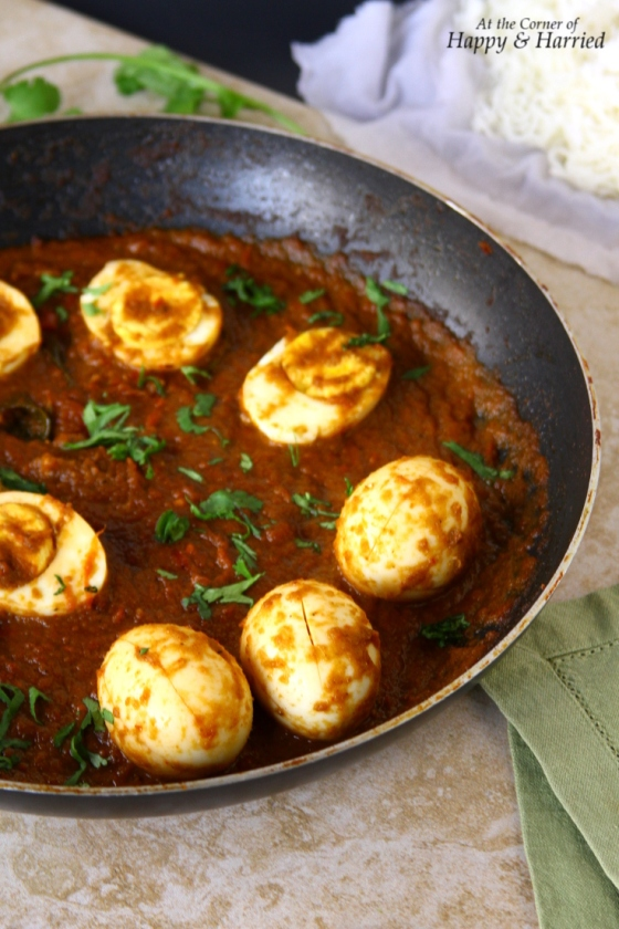 Boiled Eggs In a Spicy Vindaloo Curry