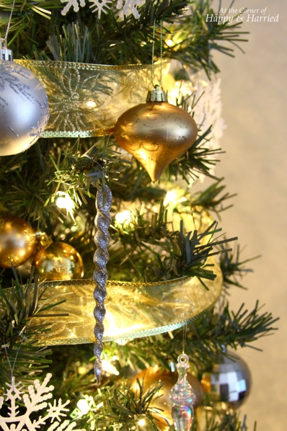 Gold, Silver and White Christmas Tree