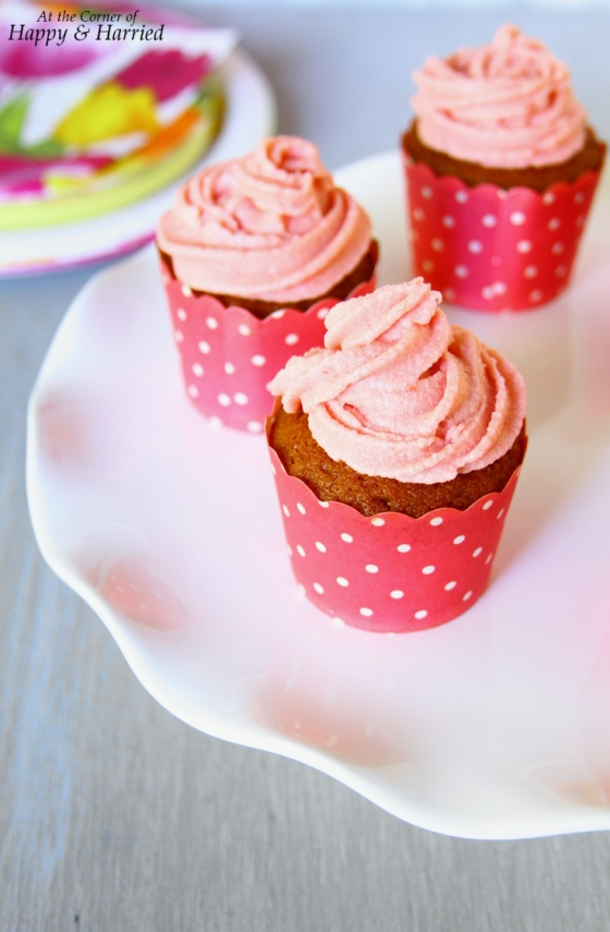 Strawberry Cupcakes & Strawberry Buttercream Frosting Made With Real ...